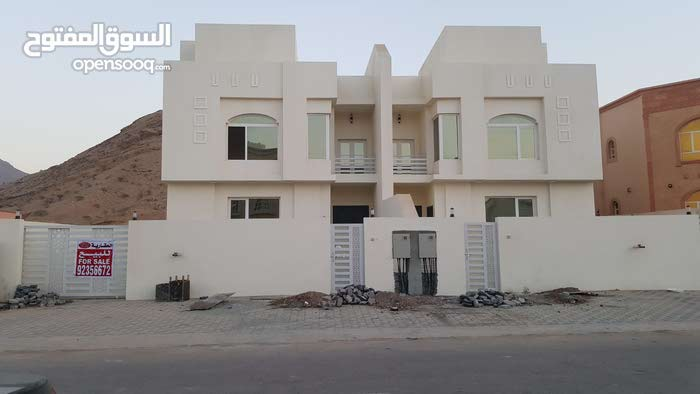 Villa for sale with 5 rooms - Muscat city All Muscat