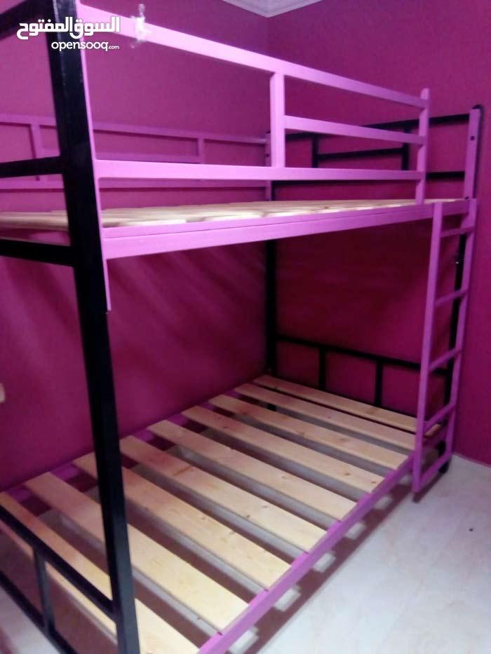 سرير دورين حديد