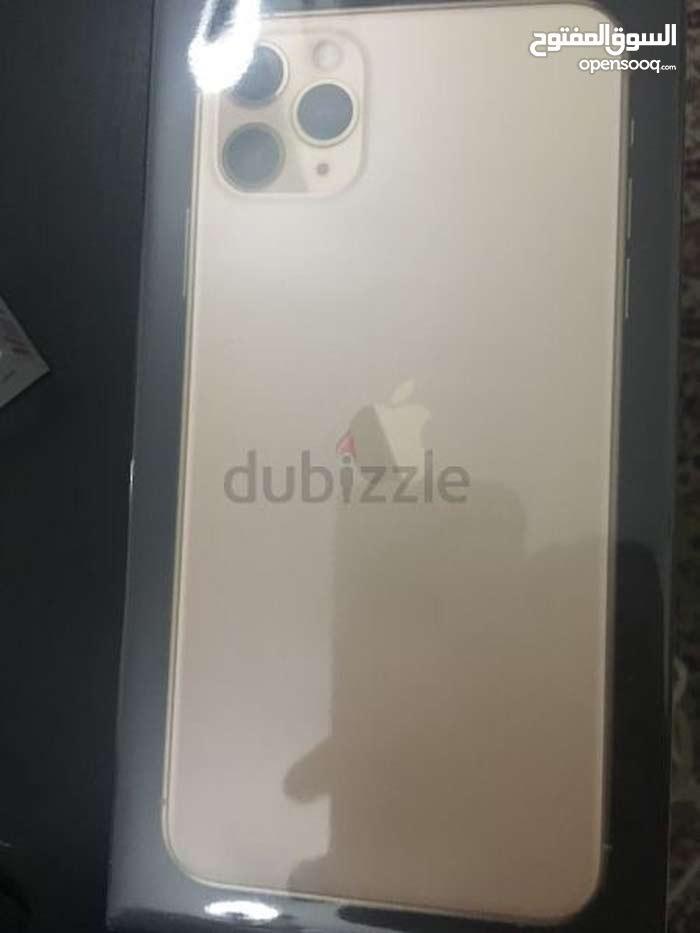 i phone 11 pro max gold 256 sealed ,