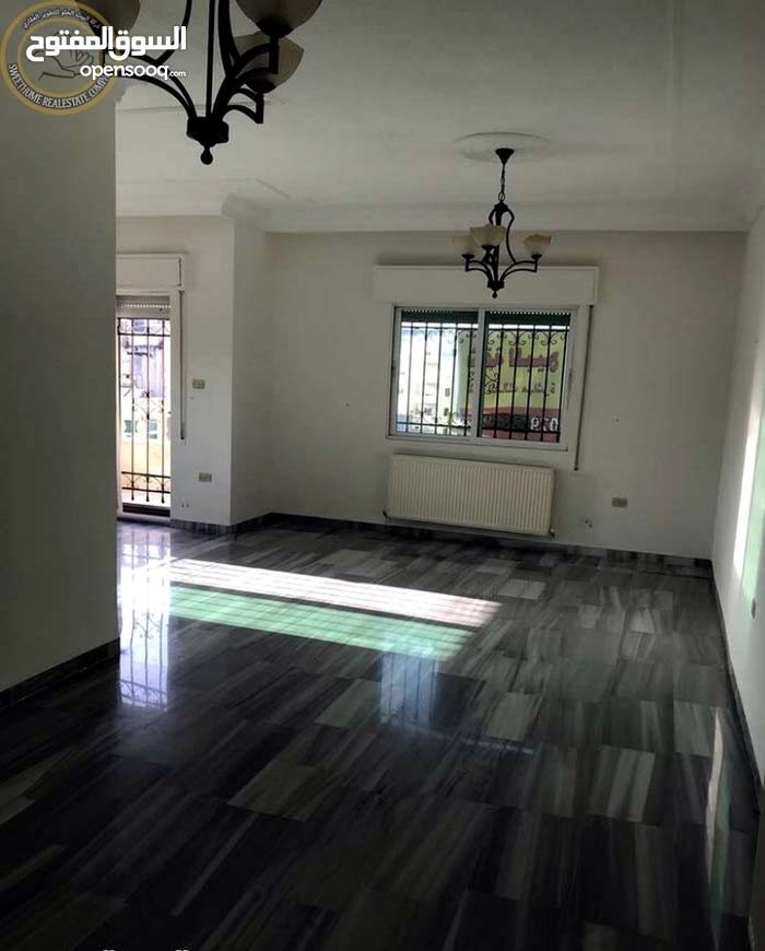 7th Circle apartment for sale with 3 rooms