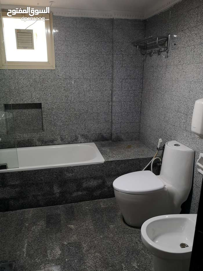 Best price 400 sqm apartment for rent in HawallyShaab