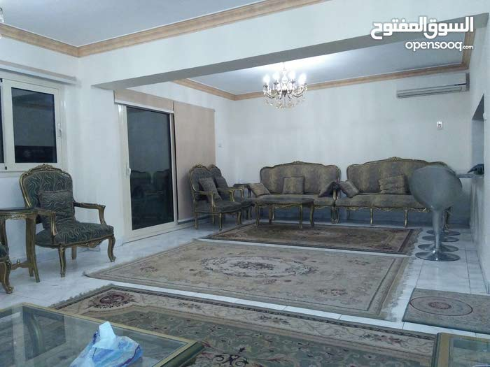 شقة مفروشة للإيجار اليومي أو الشهري خلف شارع لبنان بالمهندسين