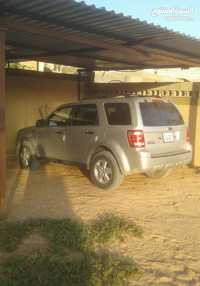 Grey Ford Escape 2009 for sale