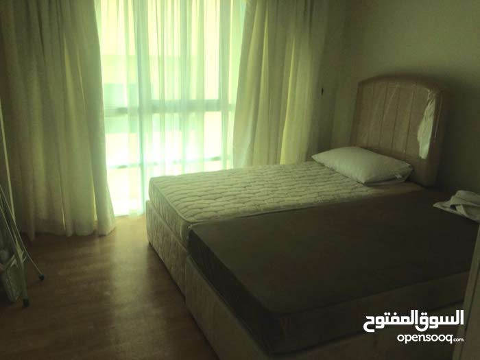 For rent furnished apartment in the exhibition road