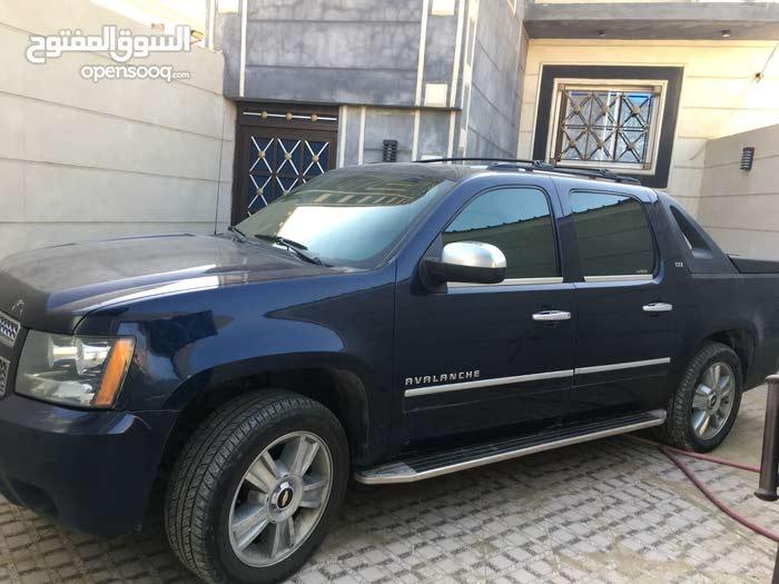 +200,000 km mileage Chevrolet Avalanche for sale
