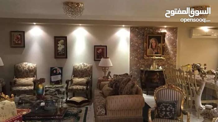 شقة 200م بحرية هاى لوكس بعمارة حديثة متفرع من عباس العقاد بسعر مغرى