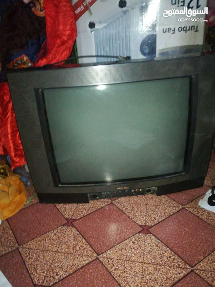 تلفزيون فستل للبيع وألوانه واضحه