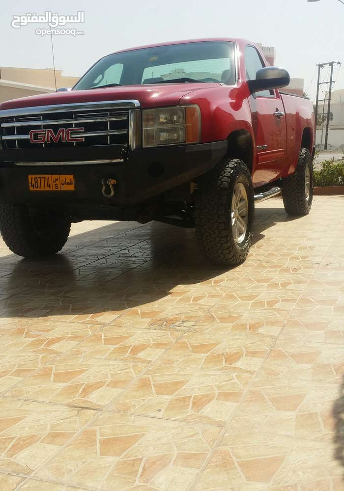 GMC Sierra 2011 For sale - Red color