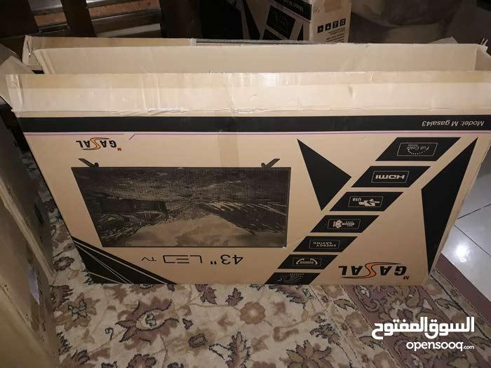 شاشه نوع غزال 43 بوصه للبيع