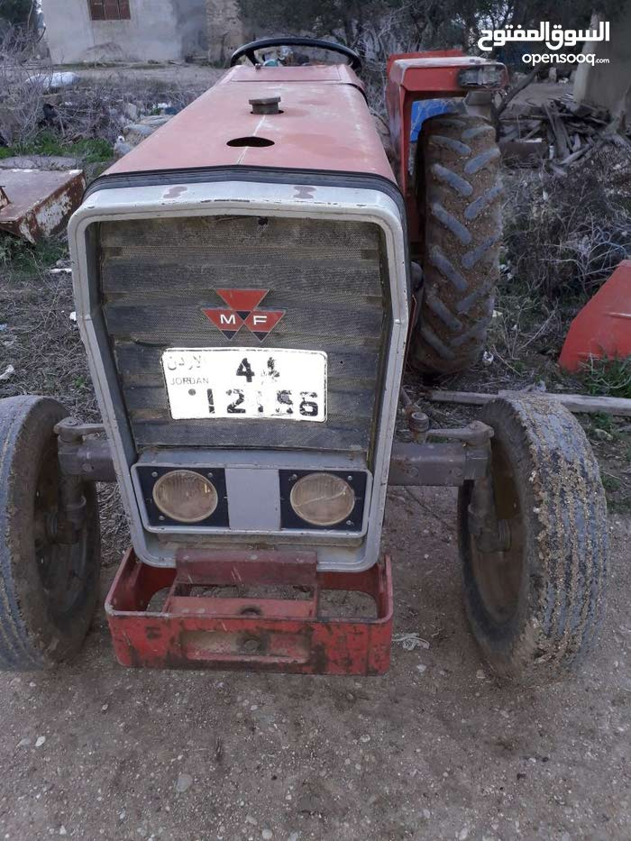 Tractor in Jordan Valley is available for sale