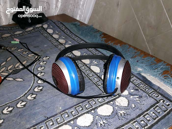 Headset available for sale with great specs