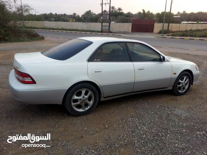 White Lexus ES 2000 for sale