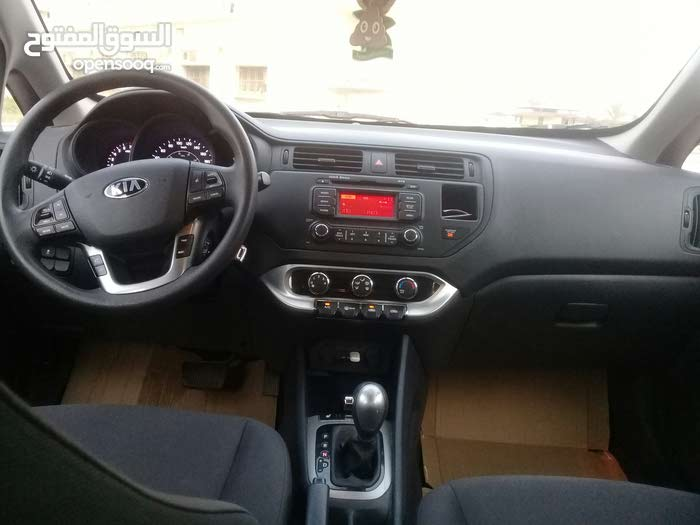 Kia Rio car for sale 2014 in Al-Khums city