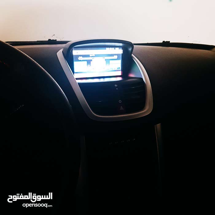 Automatic Peugeot 2011 for sale - Used - Amman city