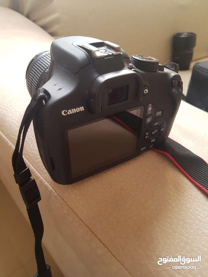 كاميرا كانون 1200 D بحالة ممتازه للبيع