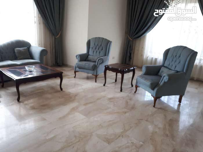 شقة للبيع في ام السماق قرب مسجد التلاوي