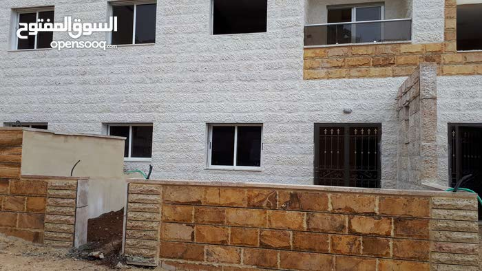 3 rooms 2 bathrooms apartment for sale in AmmanAirport Road - Manaseer Gs
