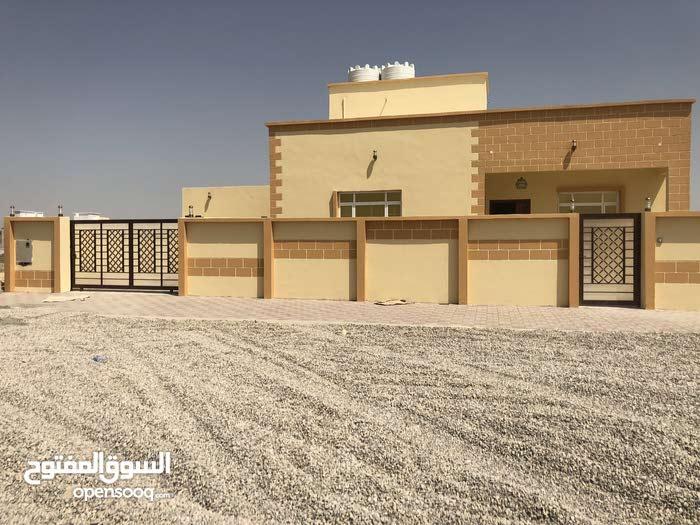 مباشر من المالك  للبيع منزل في العامرات /مدينة النهضه /المرحلة الثالثة / 260 متر
