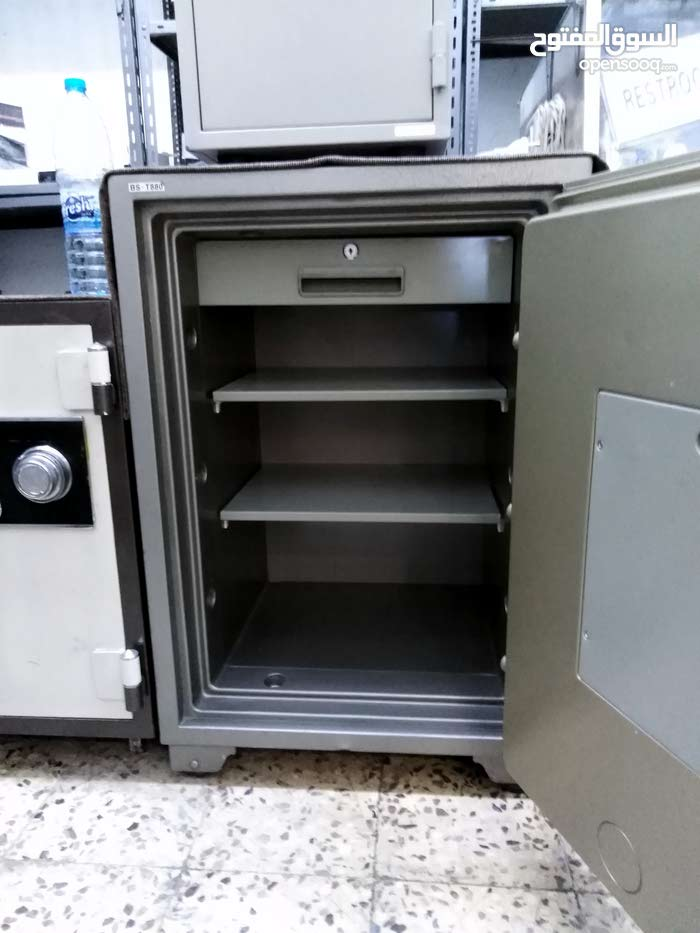 Amman – A Cabinets - Cupboards that's condition is Used