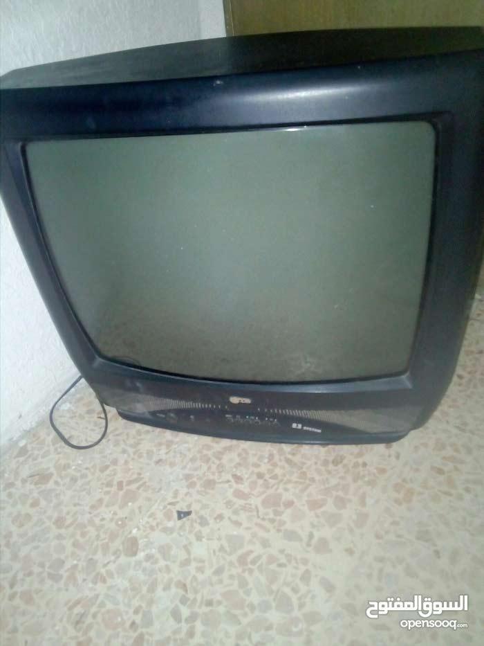 تلفزيون مع بسكليت بناتي