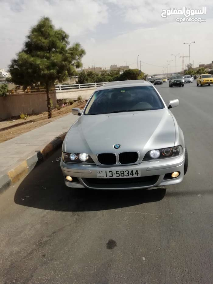 BMW 525 made in 2003 for sale