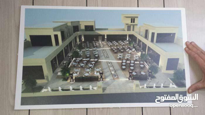 للبيع مجمع مطاعم في منطقه بالحصاني