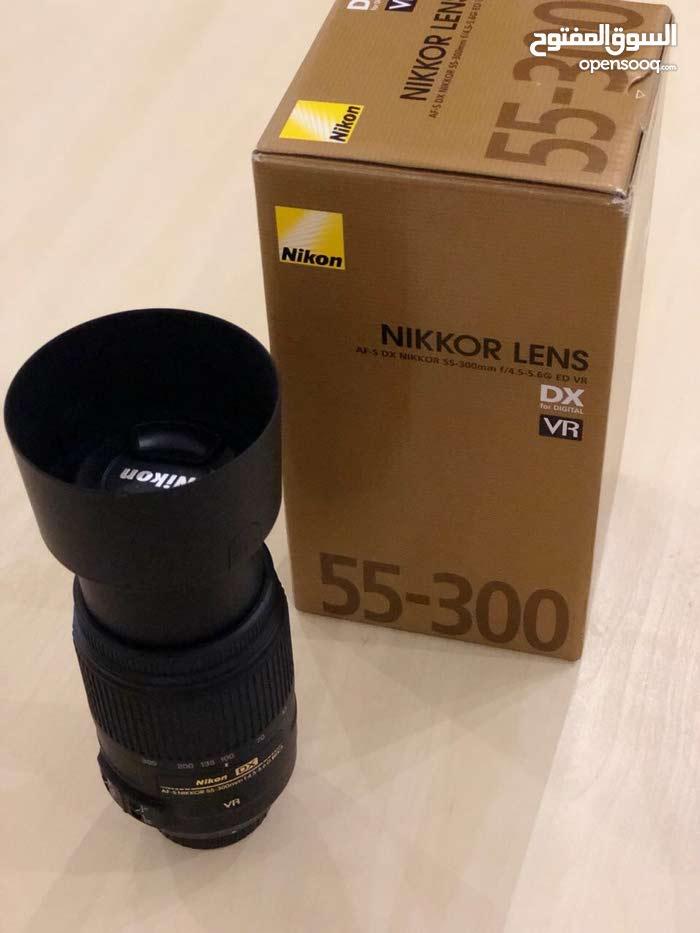 عدسة كاميرا نيكون الاحترافية 55 - 300