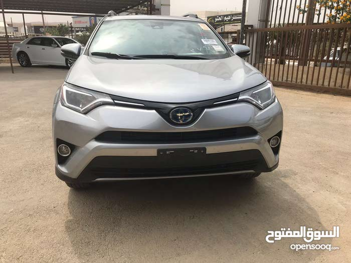 Toyota RAV 4 car for sale 2017 in Zarqa city