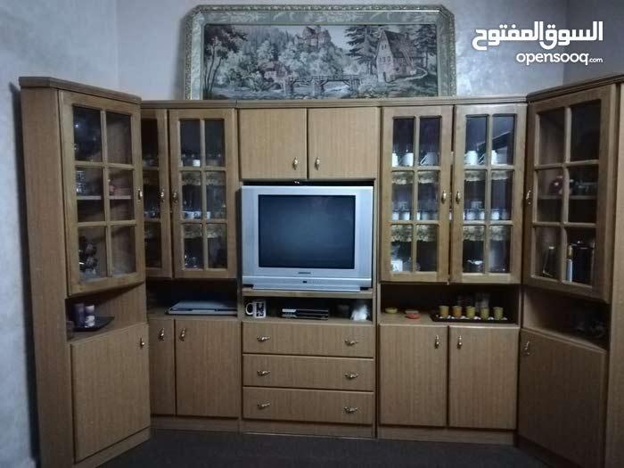 بوفيه+تلفزيون للبيع