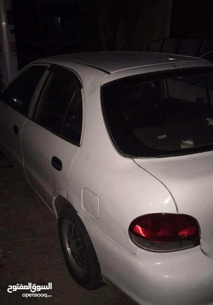 White Hyundai Accent 1996 for sale