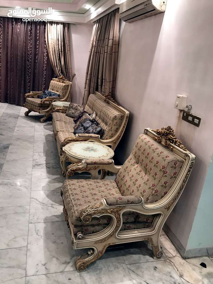 Sofas - Sitting Rooms - Entrances Used for sale in Baghdad