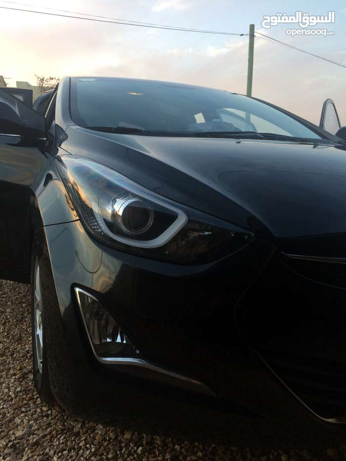 Black Hyundai Avante 2015 for sale