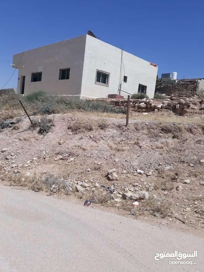 بيت مستقل للبيع في طبربور  منطقه عين رباط