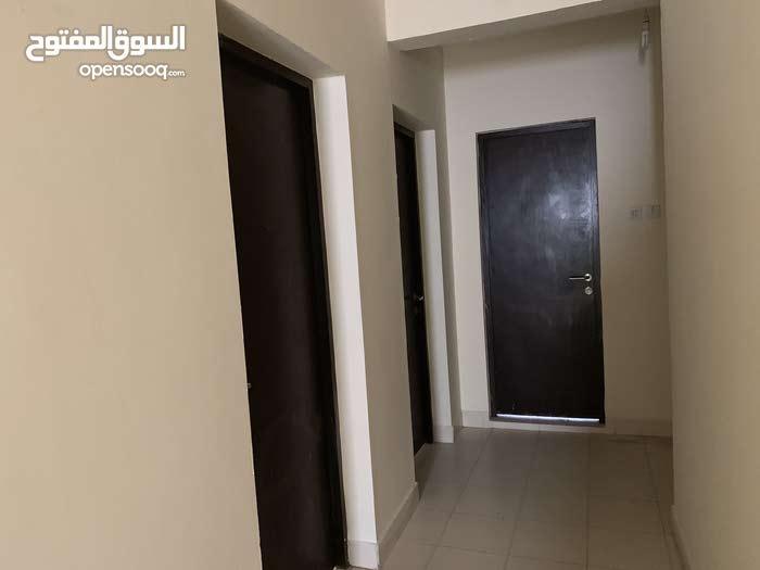 للايجار منزل مجدد ست غرف في مدينة عيسى