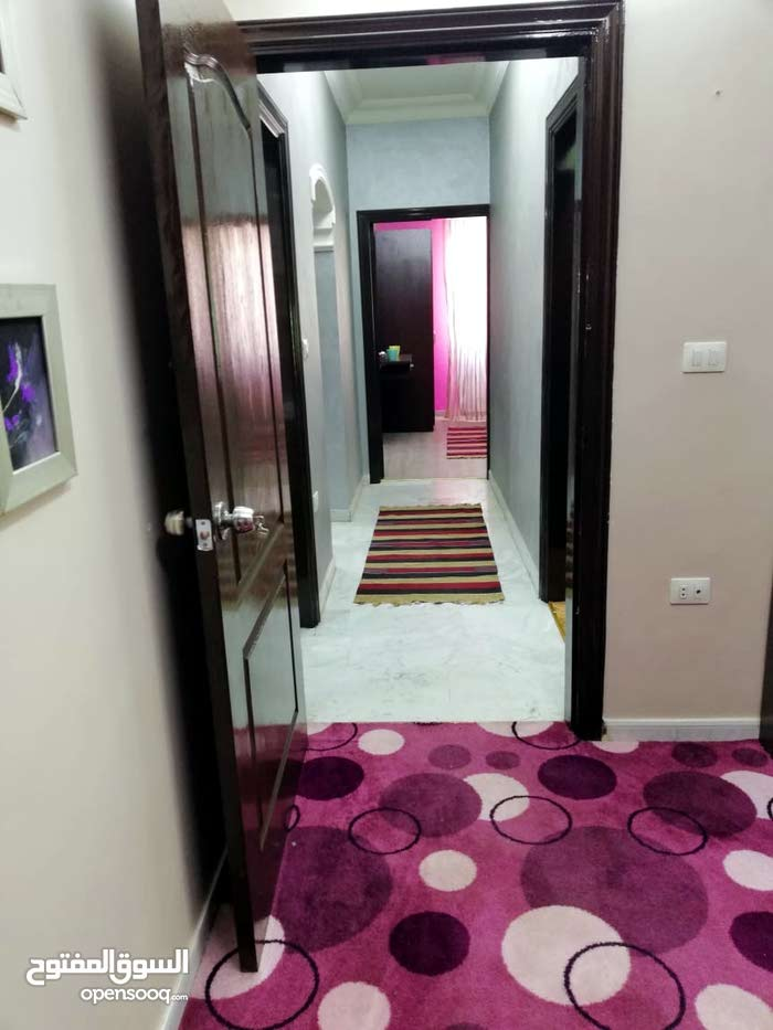 شقق مفروشه فرش فاخر جدا للايجار اليومي اسبوعي شهري ب شارع المدينه المنوره