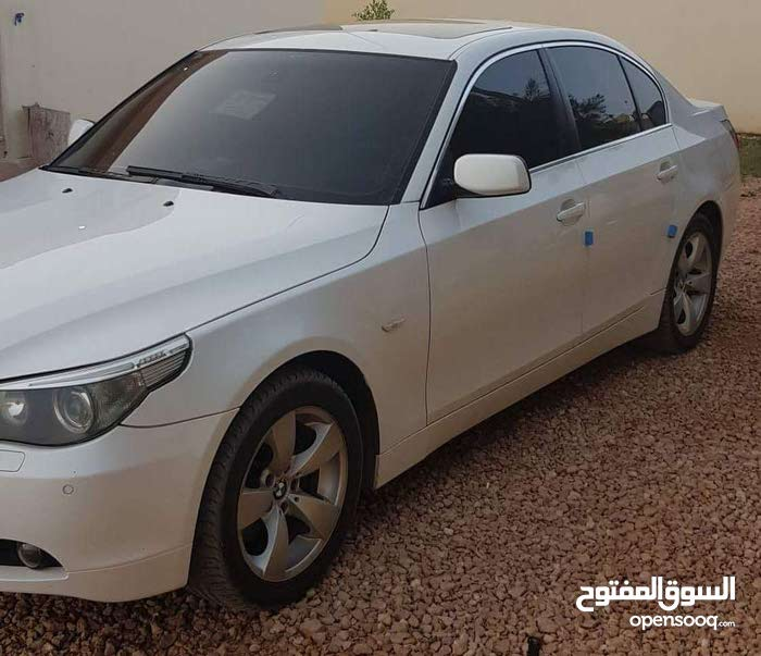 For sale BMW 530 car in Tripoli