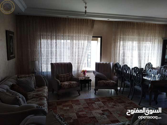 شقة للبيع اخير مع روف اطلالة رائعه وسعرماسب في ام السماق