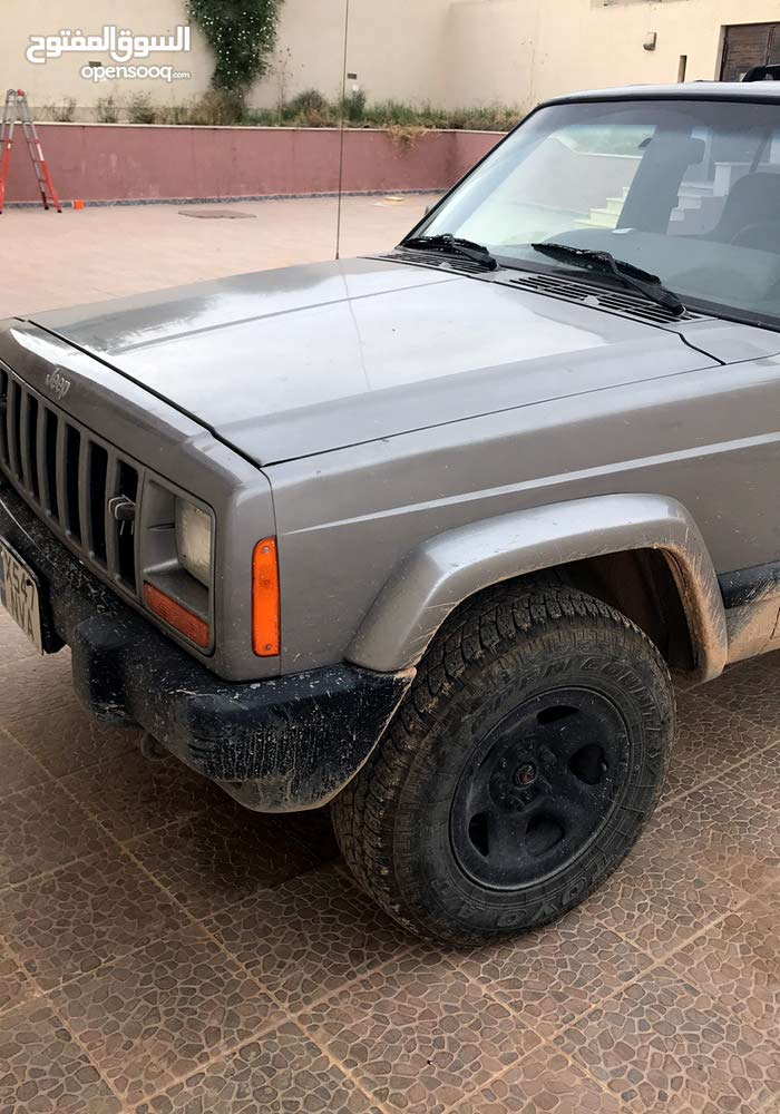 For sale Jeep Cherokee car in Tripoli