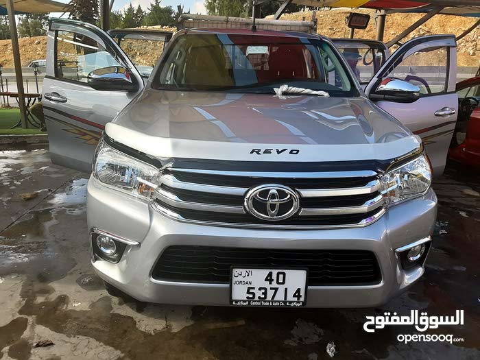 For sale 2018 Silver Hilux