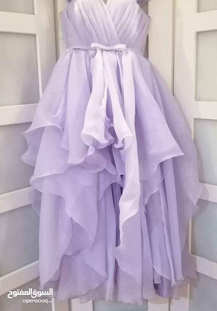فستان بحالة جيدة