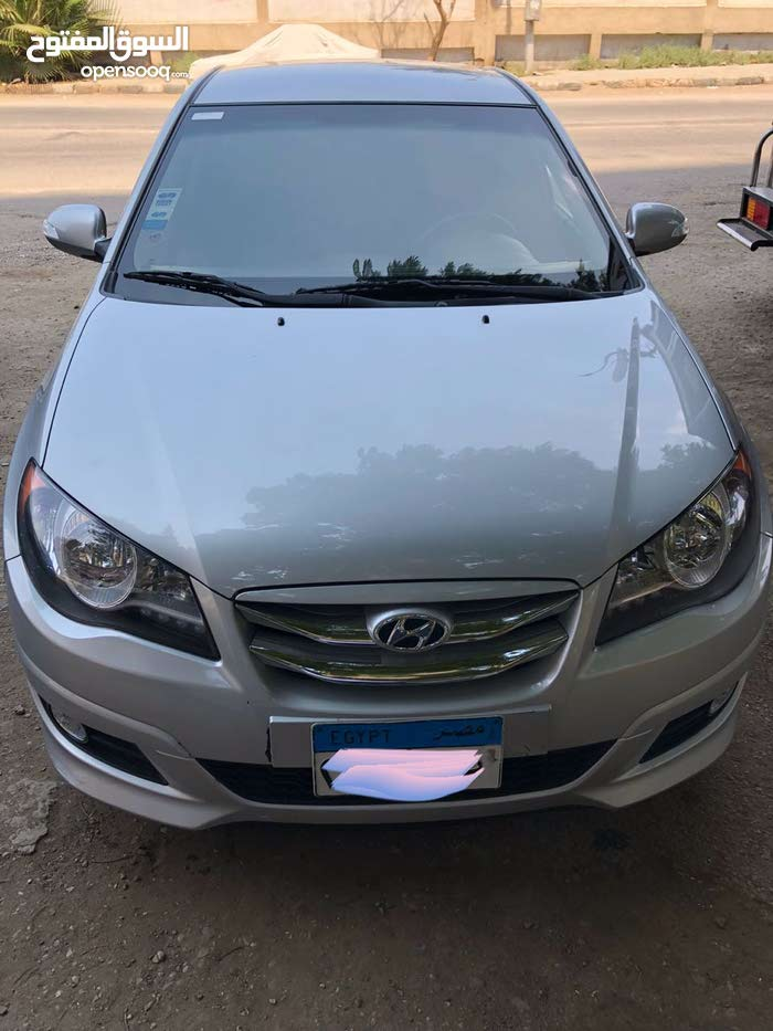 Kia Carens in Cairo for rent