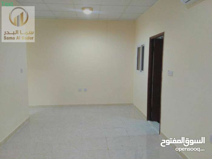 ملحق جديد للإيجار غرفة وصالة بموقع جيد جدا - عين خالد