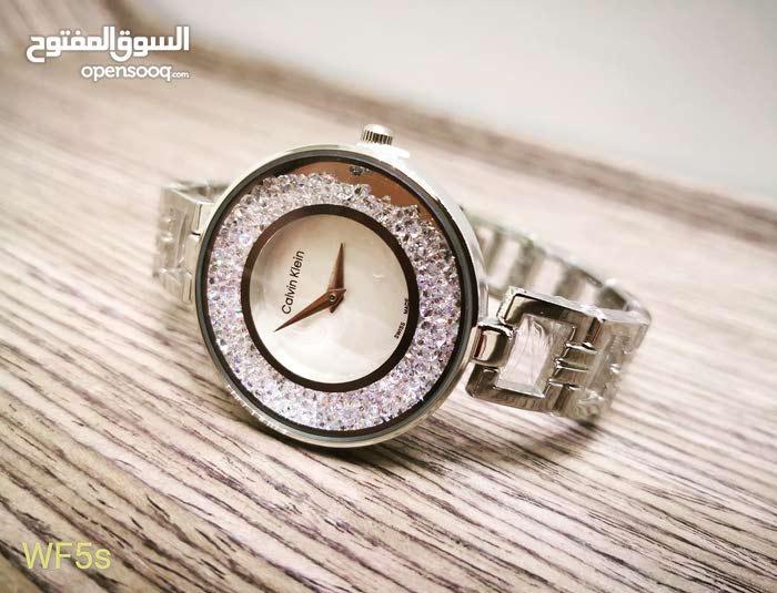 e3ea0ec7d ساعة نسائية راقية باللون الفضي ماركة تقليدية Calvin klein - (106328644) |  السوق المفتوح