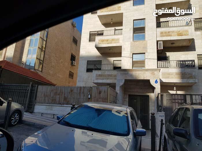 شقه للبيع ضاحية الاميره سلمى خلف وزارة الصحه