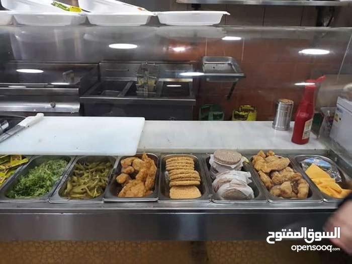 مطعم شاورما في حي رمزي