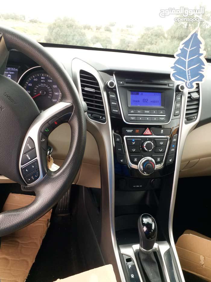 Red Hyundai Elantra 2014 for sale