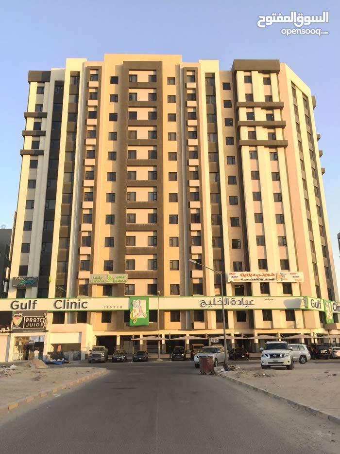 للايجار شقة 3 غرف في صباح السالم