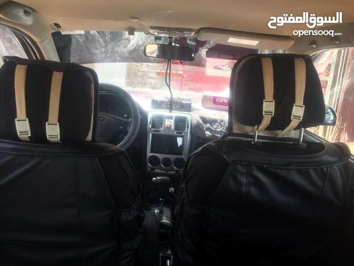 تايوتا هايلوكس دبل قبين واطي 2015 بنزين ماشي 155 سعودي اصلي شركه من الصدام للصدا