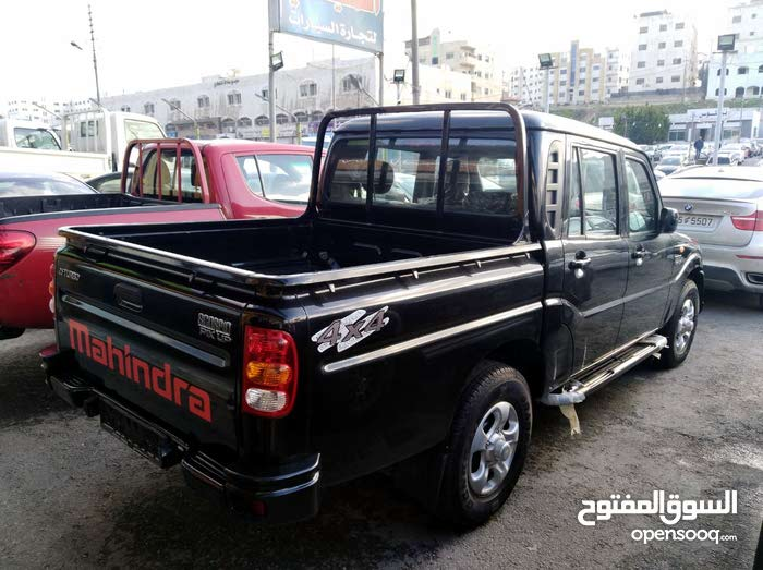 Black Toyota Hilux 2018 for sale - (109785025)   Opensooq
