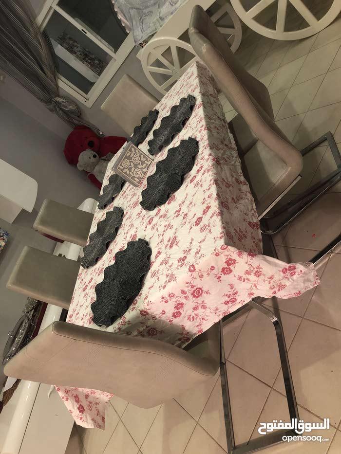 طاولة طعام ب6كراسي -المدينة المنورة